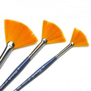 Pennello a ventaglio in sintetico ambra